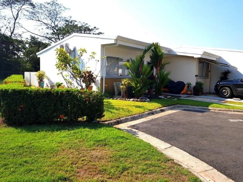 Remax real estate, Costa Rica, Herradura, Herradura Beach 3 bedroom  Corner House in gated community