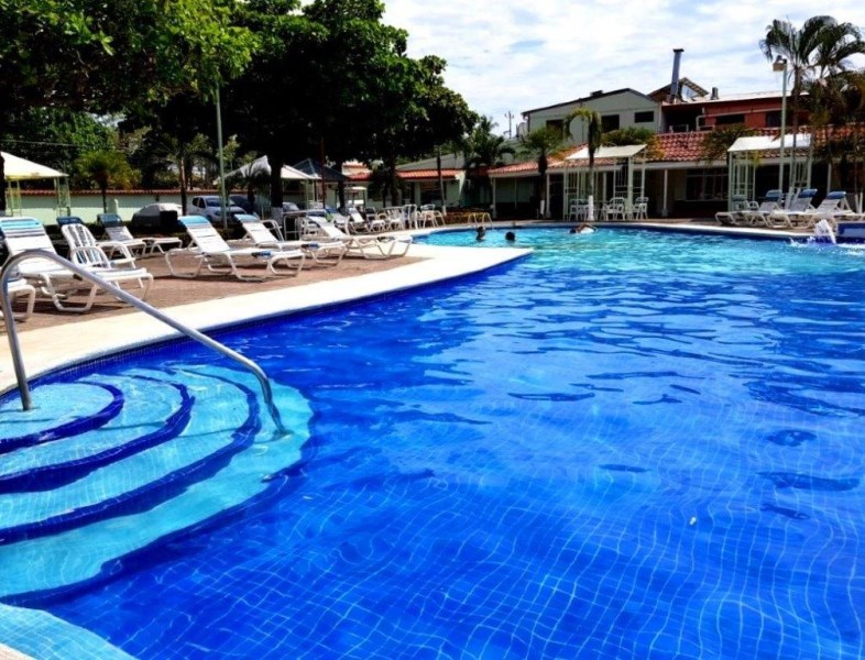 Remax real estate, Costa Rica, Jaco, Jaco Beach  and downtown walking distance  2 bedroom condo