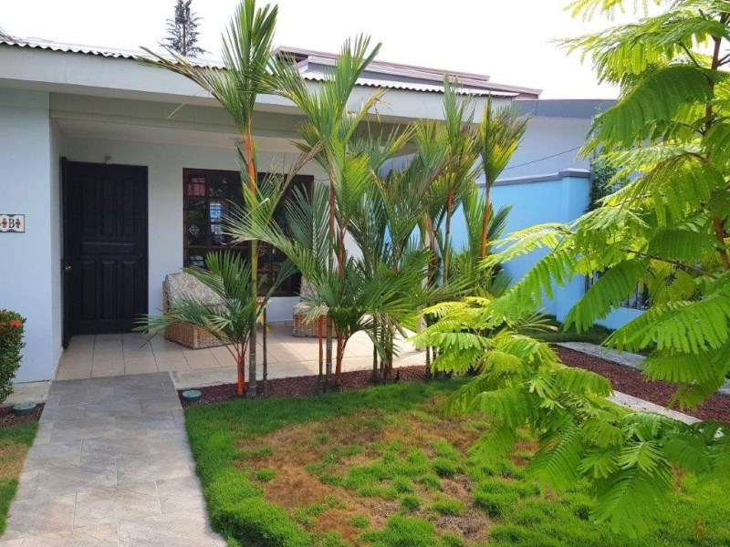Remax real estate, Costa Rica, Jaco, Jaco beach 3 bedroom house walking distance to the beach