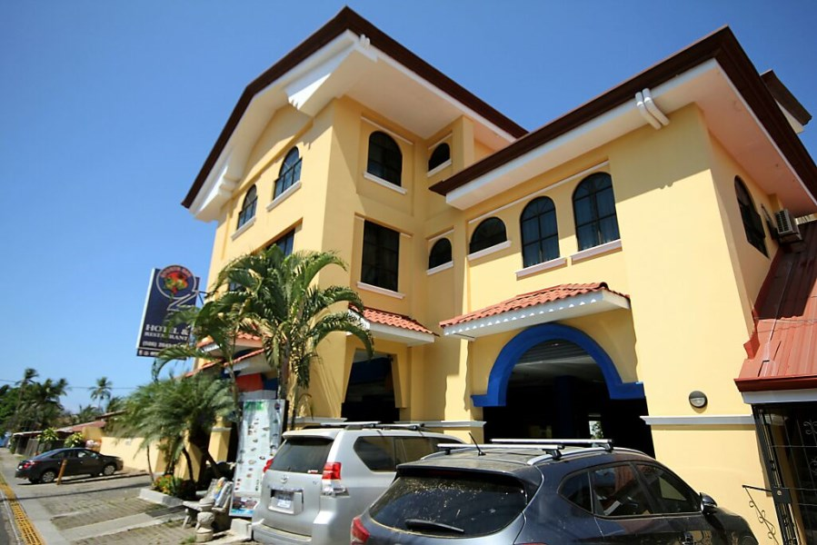 Remax real estate, Costa Rica, Jaco, Downtown Jaco Beach Hotel for Sale 30 Meters from the Sand