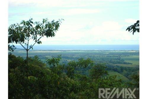Remax real estate, Costa Rica, Parrita, Ocean Valley View Lot in Parrita`s mountain