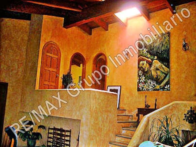 Remax real estate, Guatemala, Santa Catarina Palopó,