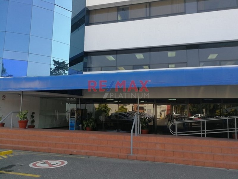 Remax real estate, Guatemala, Zona 13, Z.13 Oficina Tabicada y Amueblada Ideal para Call Center