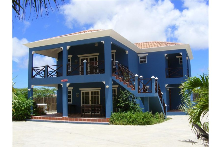 RE/MAX real estate, Bonaire, Hato, Villa Morotin Top Floor - sold fully furnished