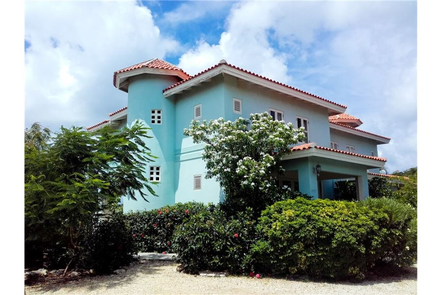 RE/MAX real estate, Bonaire, Sabadeco, Ocean View Penthouse with 2 separate studios