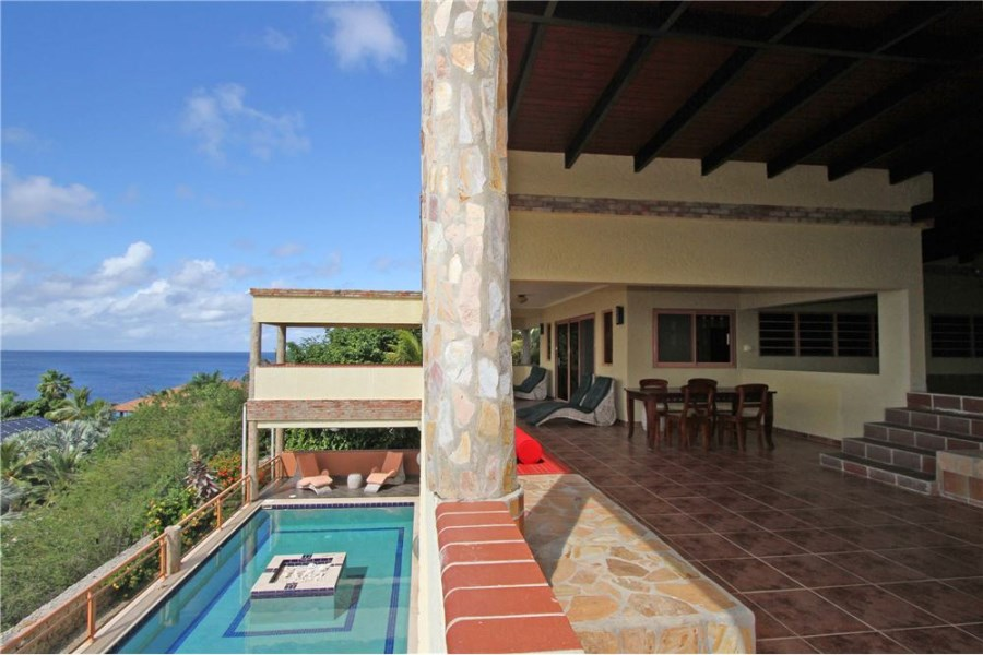 RE/MAX real estate, Bonaire, Sabadeco, Large Ocean View Villa