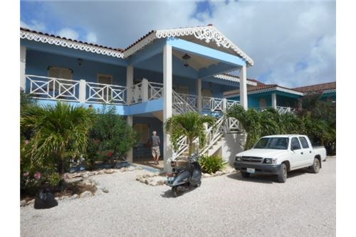RE/MAX real estate, Bonaire, Kralendijk, Water View One Bedroom Apartment- Furnished