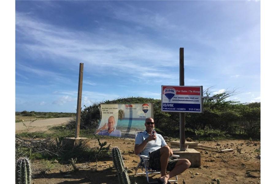 RE/MAX real estate, Bonaire, Belnem, Large Building Lot - Road to Sorobon