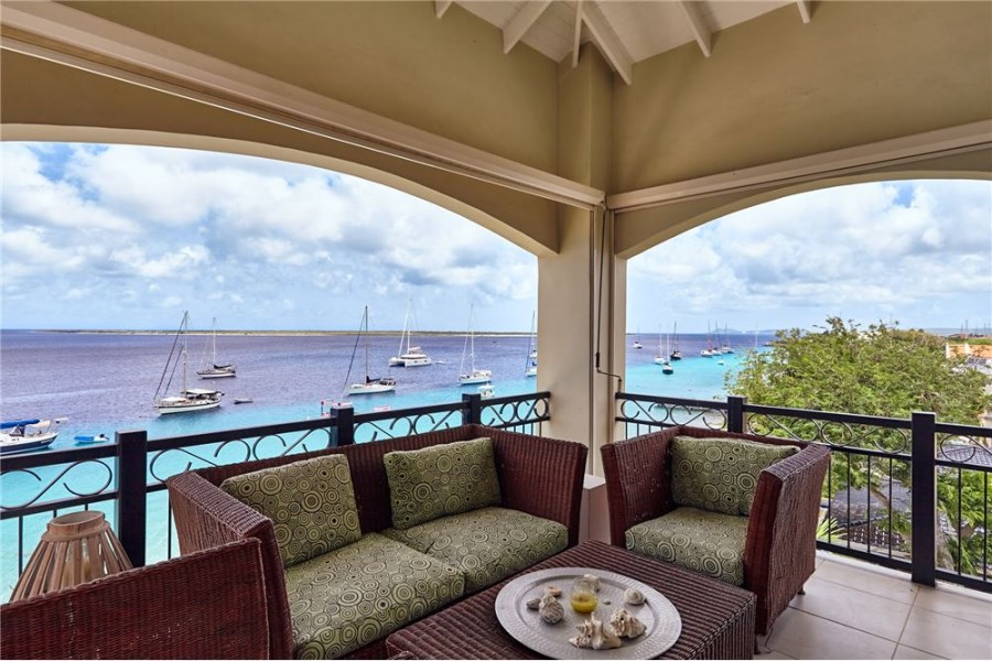 RE/MAX real estate, Bonaire, Kralendijk, Oceanfront Condo