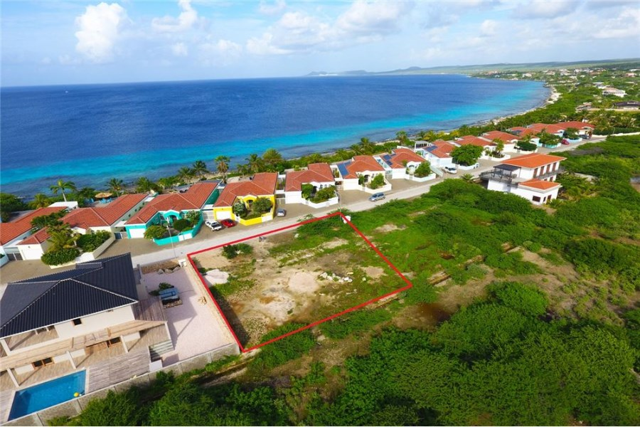 RE/MAX real estate, Bonaire, Sabadeco, Building Lot Close to the Ocean!