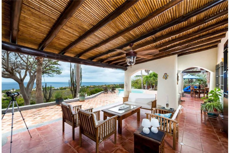 RE/MAX real estate, Bonaire, Sabadeco, Best views on Bonaire from this Luxurious Estate