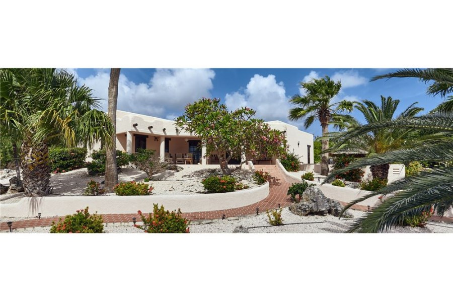RE/MAX real estate, Bonaire, Sabadeco, Your Bonaire Dream Home