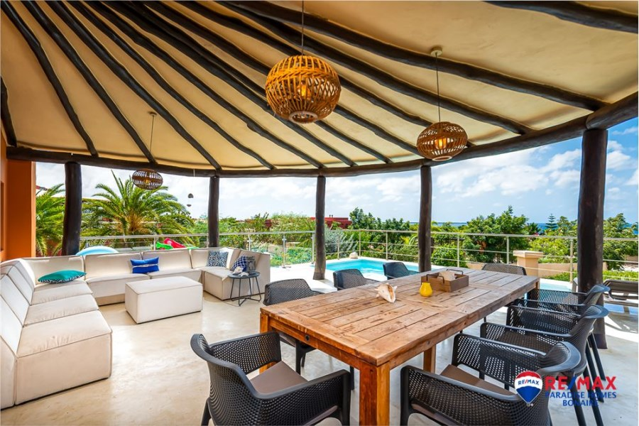 RE/MAX real estate, Bonaire, Sabadeco, 4 bedroom 4 bath Ocean View Home with Private Pool