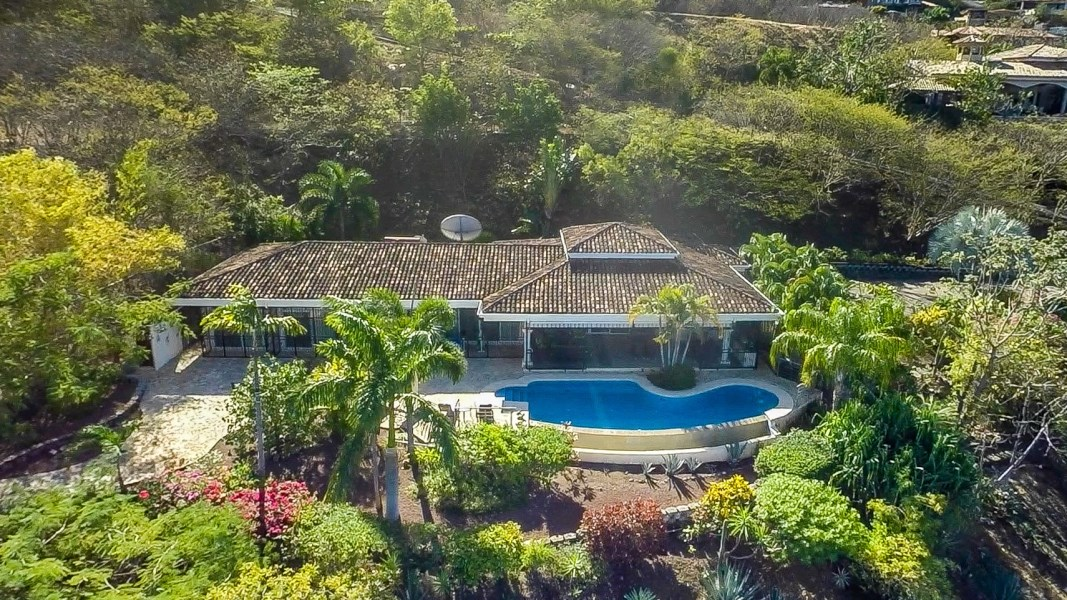 Remax real estate, Costa Rica, Playa Hermosa, Villa Tranquilidad a Altas Vistas