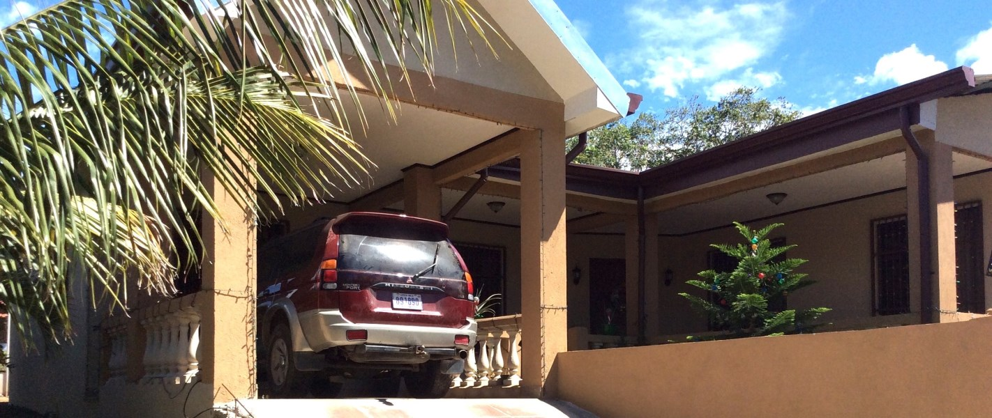 Remax real estate, Costa Rica, Curabandi, Casa Mireya