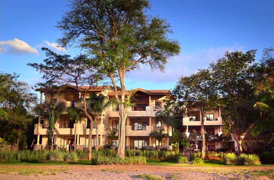 Remax real estate, Costa Rica, Playa Hermosa, Sol Y Mar 3C - Live on the beach in Playa Hermosa, Costa Rica