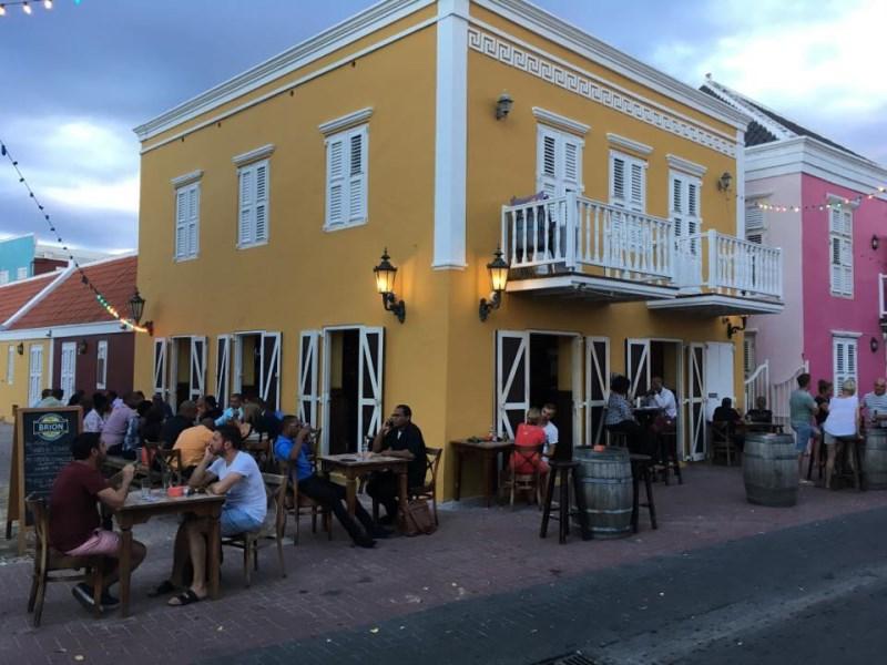 RE/MAX real estate, Curacao, Pietermaai, Pietermaai - Great 1-bedroom apartment for rent in nice neighbourhood