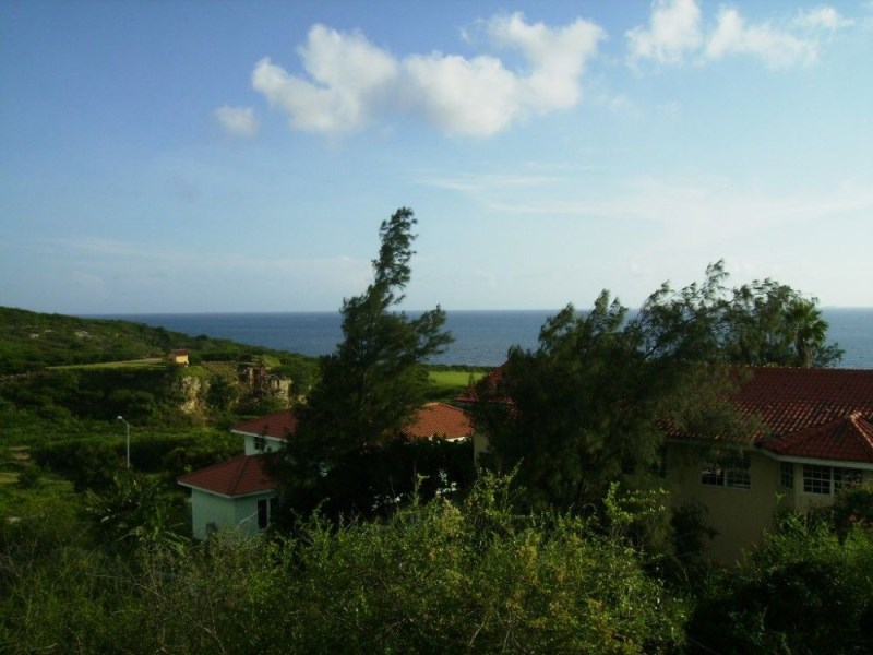 RE/MAX real estate, Curacao, Blue Bay Golf & Beach Resort, Lot with seaview for development of rental apartments on resort