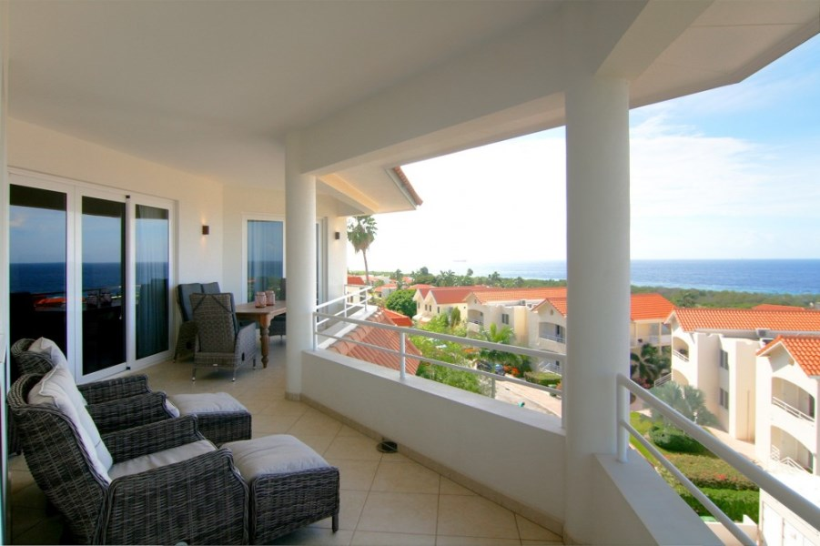 RE/MAX real estate, Curacao, Royal Palm Resort, Royal Palm Resort 12H  - High end condo for sale with sea view