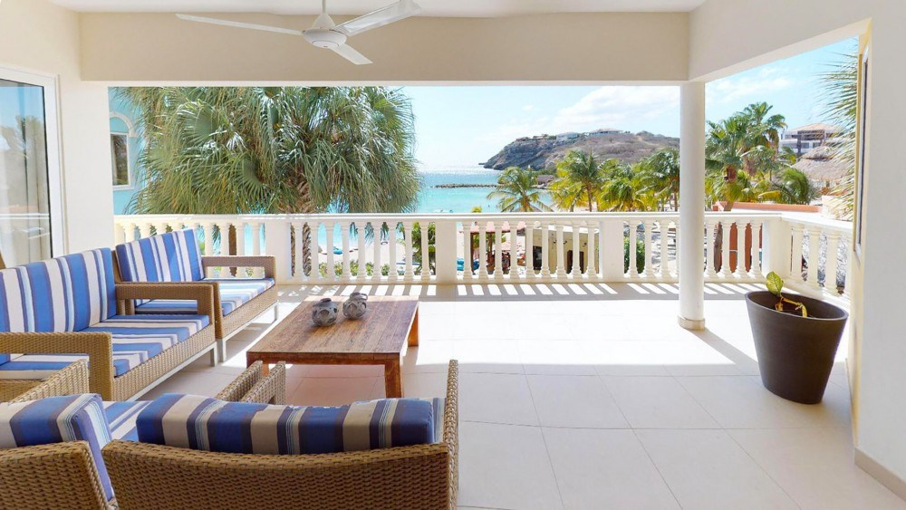 RE/MAX real estate, Curacao, Blue Bay Golf & Beach Resort, The Ocean 20 - Luxurious 3 bedroom apartment with ocean views