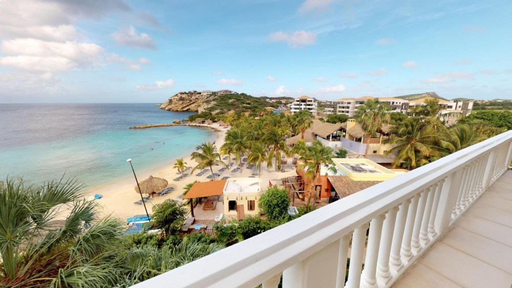 RE/MAX real estate, Curacao, Blue Bay Golf & Beach Resort, The Ocean 24 - Luxurious 4 bedroom penthouse with sea view