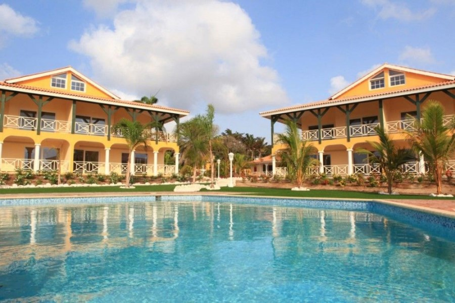 RE/MAX real estate, Curacao, Jan Thiel, Jan Thiel - Residencia Tropicana - Penthouse Apartments For Sale