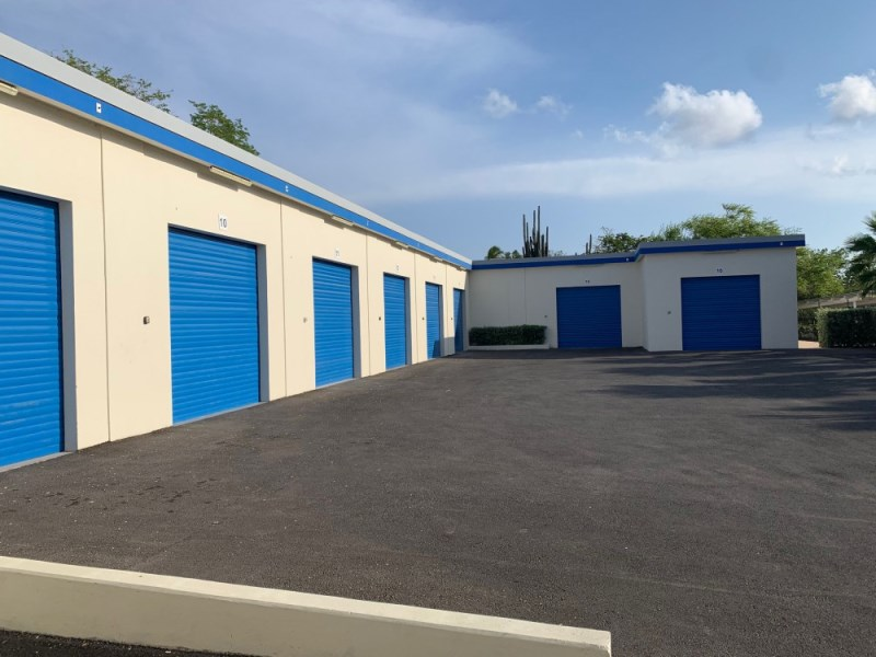 RE/MAX real estate, Curacao, Santa Rosa, Santa Rosaweg - Centrally located multifunctional storage unit, 50m2