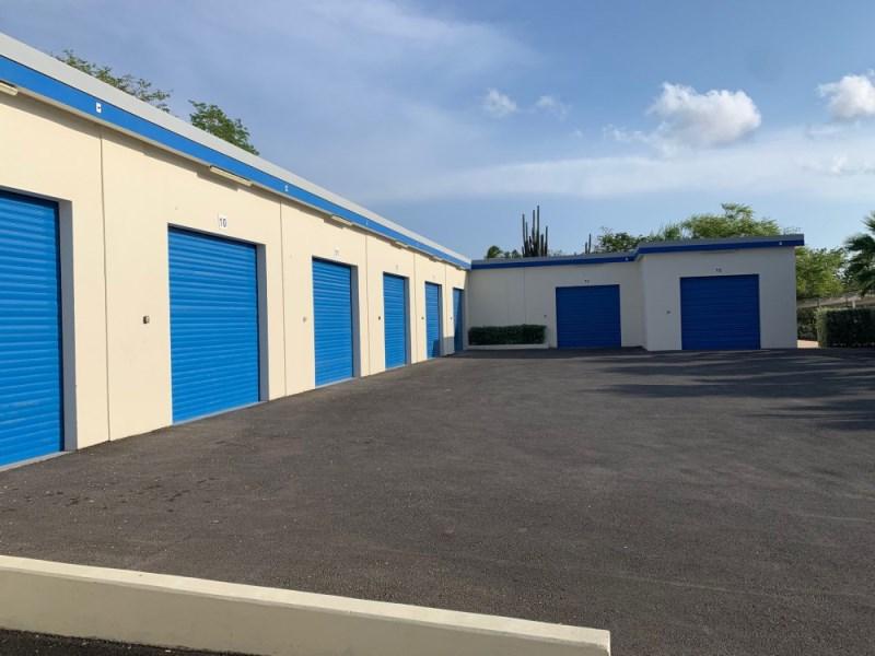 RE/MAX real estate, Curacao, Santa Rosa, Santa Rosaweg - Centrally located multifunctional storage unit, 50m2
