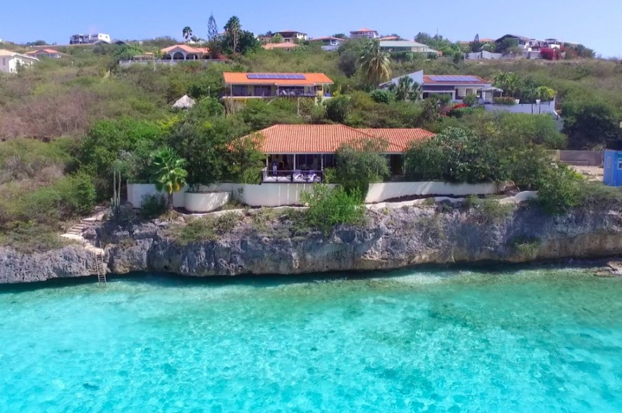 RE/MAX real estate, Curacao, Cas Abou resort, Cas Abao - Beautiful seaside villa in gated community for sale