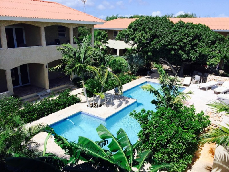 RE/MAX real estate, Curacao, Cas Grandi, CAS GRANDI: Luxurious apartments in beautiful complex with pool
