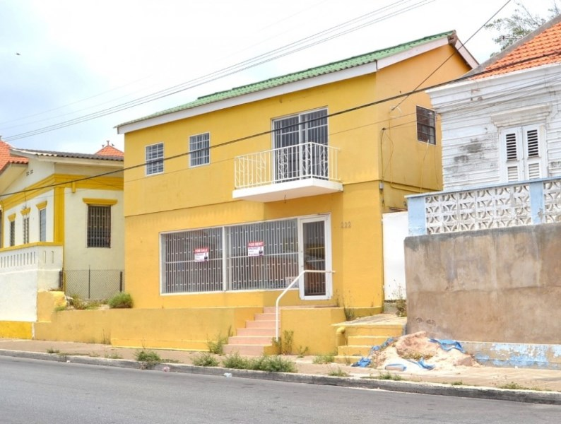 RE/MAX real estate, Curacao, Otrabanda, Roodeweg - Otrabanda, investment opportunity