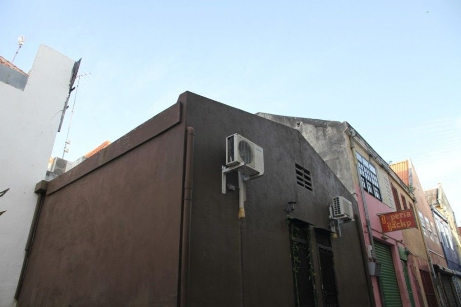 RE/MAX real estate, Curacao, Punda, Punda - former warehouse with various possibilities in Willemstad