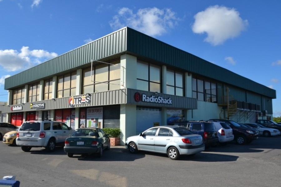 RE/MAX real estate, Curacao, Parera, Parera - beautiful office buildings and warehouse near Fokkerweg