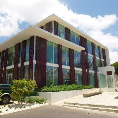 RE/MAX real estate, Curacao, Otrabanda, Otrobanda - The Green House All Inclusive Prestigious Office Space