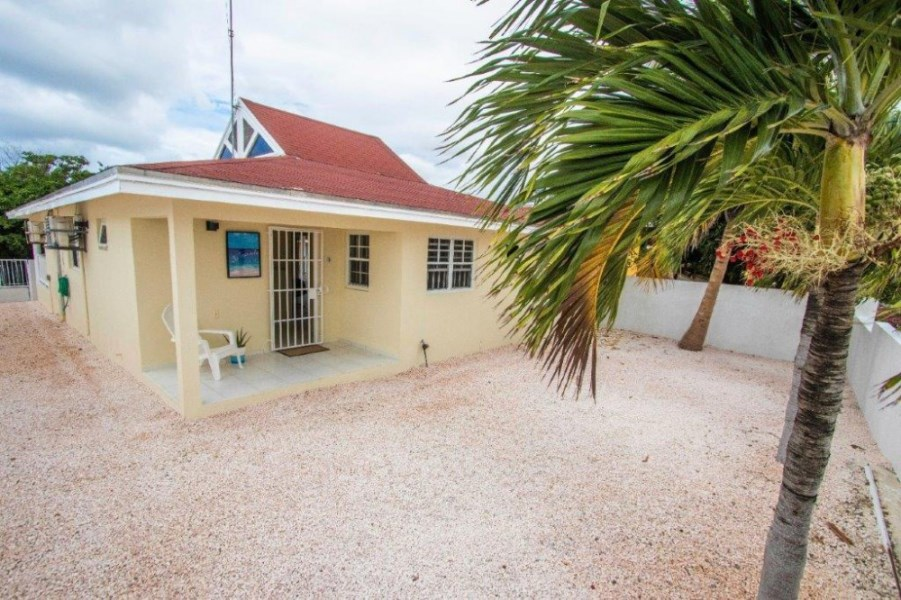 RE/MAX real estate, Curacao, Jan Thiel, Jan Thiel, High-positioned detached family house