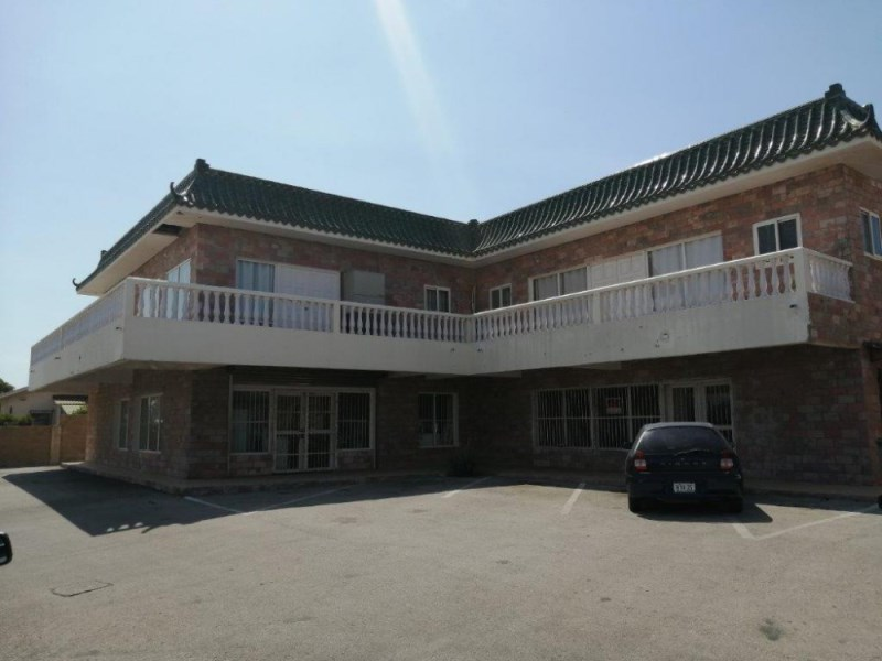 RE/MAX real estate, Curacao, Brievengat, Brievengat - Shopping center with apartments on a large lot