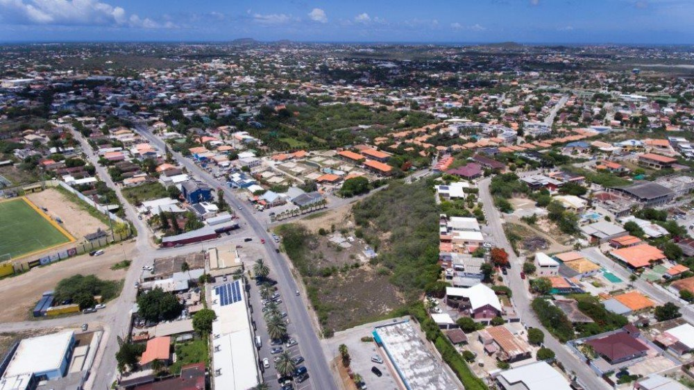 RE/MAX real estate, Curacao, Salinja, Three plots of land located on the Dr. M. J. Hugenholtzweg for sale