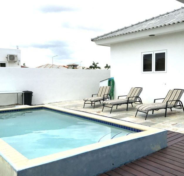 RE/MAX real estate, Curacao, Grote Berg, Grote Berg - Beautiful and spacious house with pool
