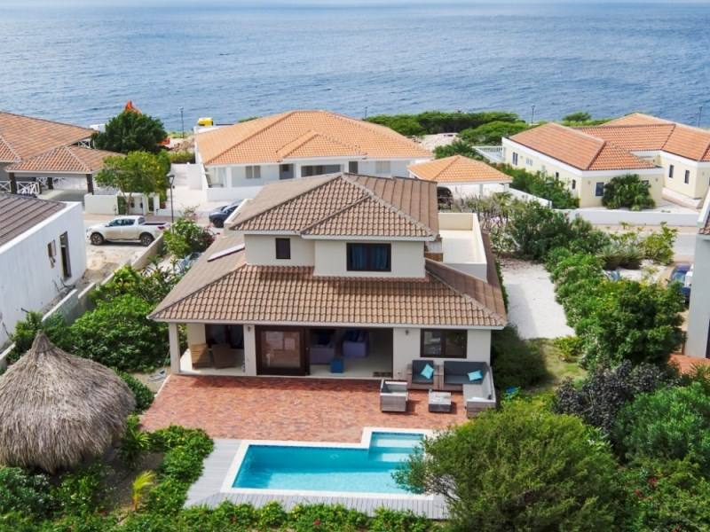 RE/MAX real estate, Curacao, Blue Bay Golf & Beach Resort, Blue Bay Resort BB 34:  home for sale with private pool and sea view!