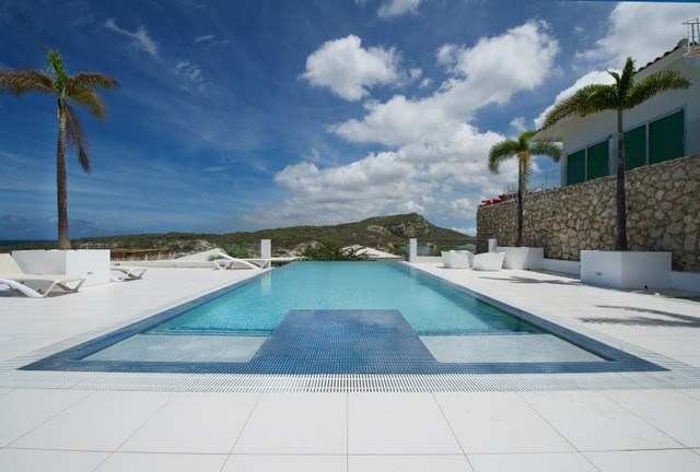 RE/MAX real estate, Curacao, Piscadera, Piscadera Harbour Village - 2 bedroom apartment for rent in resort
