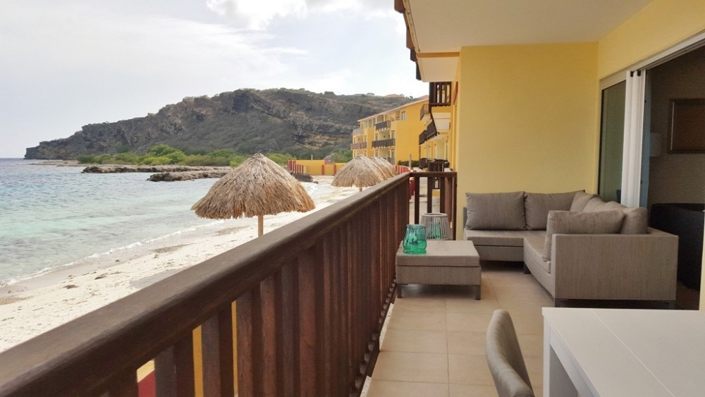 RE/MAX real estate, Curacao, Jan Thiel, Luxurious beach apartment La Palapa Beach Resort, Jan Thiel Curacao