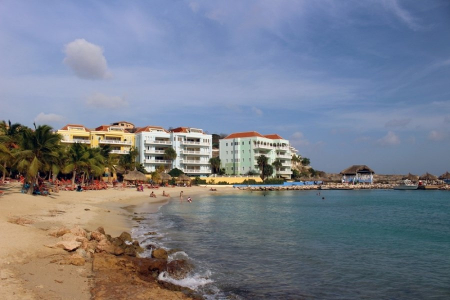 RE/MAX real estate, Curacao, Blue Bay Golf & Beach Resort, Blue Bay - The Ocean, breathtaking views and entrance to the beach