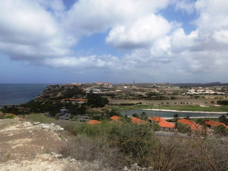 RE/MAX real estate, Curacao, Blue Bay Golf & Beach Resort, Blue Bay, plot BT42 with amazing view over sea and golf course