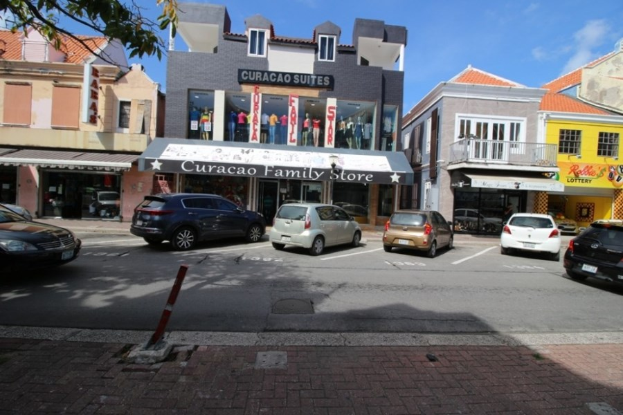 RE/MAX real estate, Curacao, Otrabanda, Commercial space for rent in Willemstad, Breedestraat Otrobanda