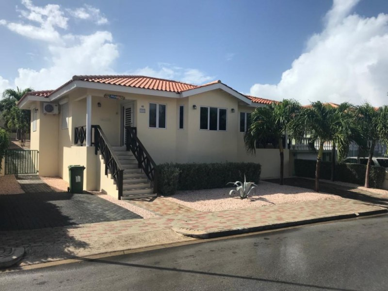 RE/MAX real estate, Curacao, Jan Thiel, Marbella Estate: Beautiful villa in gated community with pool.