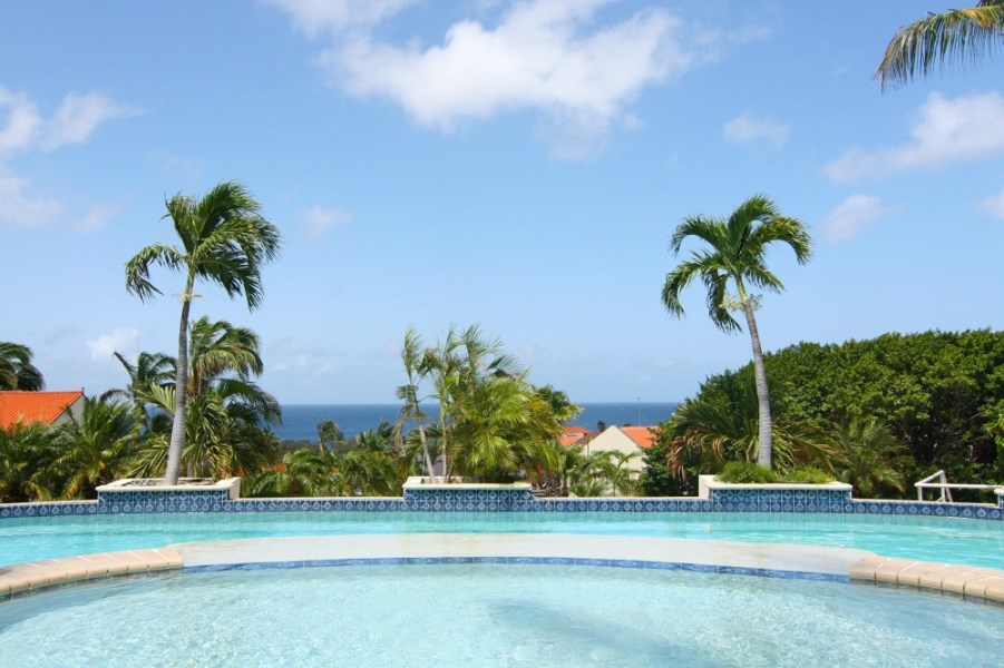 RE/MAX real estate, Curacao, Royal Palm Resort, Royal Palm - New 3 bedroom luxury condos with garage in gated resort