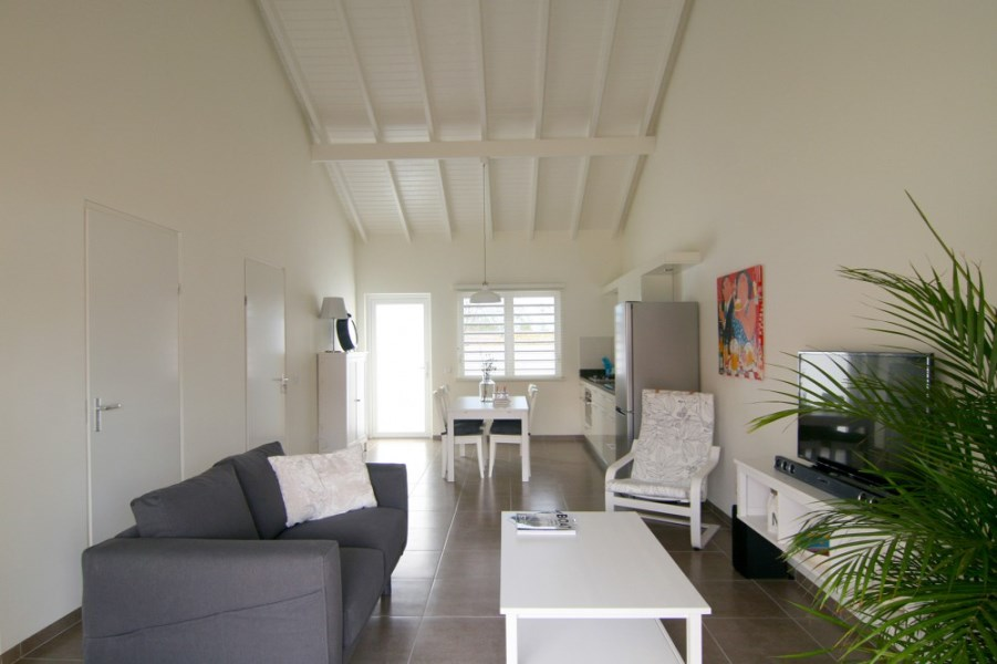 RE/MAX real estate, Curacao, Buskabaai, Blije Rust 18 - new house with 2 bedrooms - price incl. inventory!