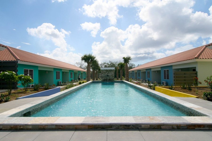 RE/MAX real estate, Curacao, Buskabaai, Blije Rust 40 - corner home (rented) in resort with new homes