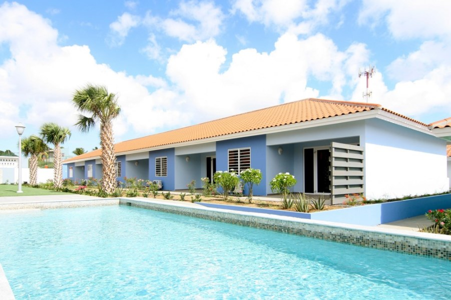 RE/MAX real estate, Curacao, Buskabaai, Blije Rust 38 - furnished house - resort pools - near beach and golf