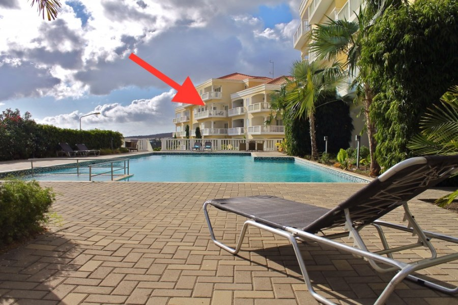 RE/MAX real estate, Curacao, Blue Bay Golf & Beach Resort, Beautiful spacious 3-bedroom apartment with a breathtaking ocean view
